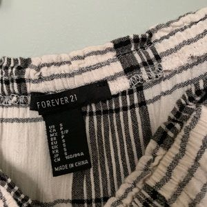 Forever 21 Tops - Plaid blouse with tie sleeve